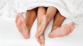 (Nie)bezpieczny seks LIFESTYLE, Seks - Wakacyjny luz, relaks i… niezobowiązujące kontakty seksualne. Brzmi znajomo?