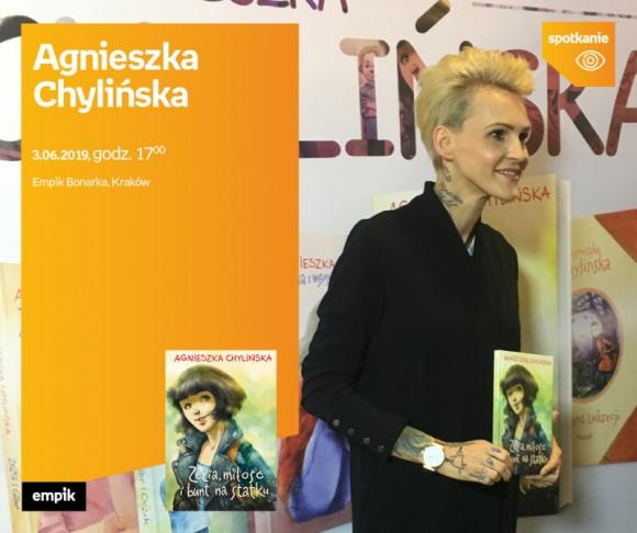 Agnieszka Chylińska w krakowskim Empiku LIFESTYLE, Książka - Spotkanie z Agnieszką Chylińską promujące jej nową książkę.